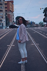 Silvia F. - H&M Blazer, H&M Blouse, Fossil Watch, H&M Pants, Anna Cori Shoes, Christian Dior Sunglasses - Ig:@silviafortu_
