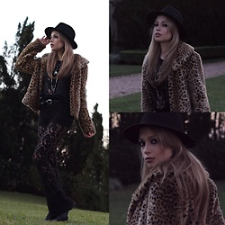 Camilla Lins - Renner Fur - Life is short for not to wear faux leo everyday