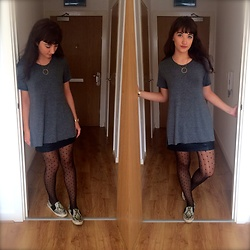 Charli E. - Mango Tshirt, Primark Spotty Tights, Topshop Sneakers, River Island Leather Skirt - New City Vibin'
