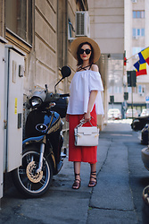 Andreea Birsan - H&M Straw Hat, Poppylovers White Off Shoulder Top, Zaful Sunglasses, Vip Me White Bag, Zara Pink Culottes, Zara Strappy Sandals - Pink culottes & strappy sandals II