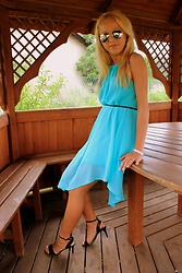 Gosia Borychowska - Sammydress.Com Dress, Buffalo London High Heels - Blue summer