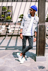 Tony Logan - Paige Denim Scout Jacket, Nudie Jeans Nudies, Adidas Stan Smith, Uniqlo Cotton T Shirt - Earning the Stripes