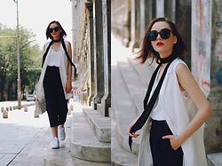 Andreea Birsan - Sunglasses, White Vest, Skinny Scarf, White Cami, Navy Culottes, White Crossbody Bag, Stan Smith Sneakers - Navy culottes & skinny scarf: Effortless outfit
