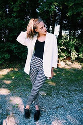 Little. S . - Zara Jacket, H&M Pants, H&M Shoes - Black and White