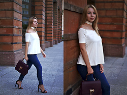 Alina Velnikovskaya - Sammydress Off The Shoulder White Top, Renee Kler Bag, H&M Skinny Jeans, Flore Heeled Sandals - Elegance and temperance