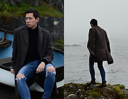Frank Lin - H&M Brown Coat, Zara Ripped Jeans, Ralph Lauren Brown Chelsea Boots - Stormy scotland
