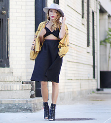Lauren G. - Tobi Linen Cutout Halter Midi Dress, Tobi Suede Panama Hat, Free People Embroidered Jacket, Nasty Gal Cage Heels - Black Linen Lust