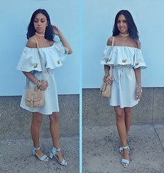 Indyra Divine - Romwe Off Shoulder Dress, Sheinside Sandals - Tuesday Blues... >Jarryd James - Regardless<