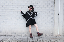 Jessica Grrl - Stylewe Aporia. As Boho Dress, Dr. Martens Jadon Boots - Final Song