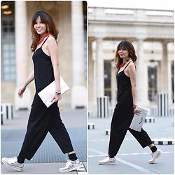 FromAmandaWithLove - Asos Minimal Jersey Jumpsuit With Cami Straps And Wide Leg In Texture, Asos Metallic Fold Over Clutch Bag, Zara Silver Leather Loafer Flat Shoes - The way to make a beautiful day!