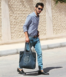 HAMID KHOUYI - Gap Denim, Dr. Denim Jeans, Paul Hewitt Belt - Denim