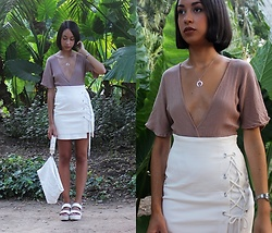 Esther L. - Zaful Metallic Horn Necklace, Rosegal Nude Romper, Romwe Lacing Side Skirt, Zara White Clutch, Missguided White Track Sandals - PLANTS