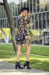 Pepa Days - Chanel Bag, Forever 21 Dress -  Chanel bag