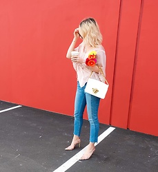 Jessica Luxe - Silk Top, Gap Girlfriend Jeans, Pink Heels - Punchy