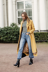Dasha Shcerbakova - Osome2some Coat, H&M Shoes, H&M Jeans, Top - FAVORITES OF SEPTEMBER