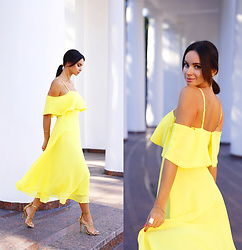 Anna Mour ♥ -  - In Hot Yellow