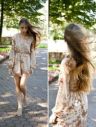 Anna Vershinina - Zaful Romper - Shining Bright