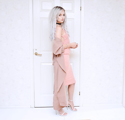 Julia Nilsson - Shein Coat, Boohoo Pink Dress, Missguided Nude Sandals, Gina Tricot Choker - Blush