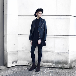 James T - Windsor Smith Dark Brown Chelsea Boots, New Look Ripped Knee, Distressed Hem, Kenzo Oil Spill Watch, H&M Leather Biker Jacket, Asos Longline Silky Black Shirt, River Island Wide Brim Hat - When In Paris