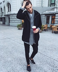 Uldis Antons - Asos Sneakers, Bershka Joggers, Zara Cardigan, Pull & Bear Coat, H&M Shirt, Aldo Watch - ART & COFFEE