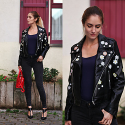Ruxandra Ioana - Zaful Jacket, Schutz Shoes - It's time to Fall
