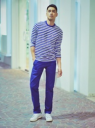 Chris Su - Chocolate Tee, Gap Pants, Giorgio Armani Shoes - Navy