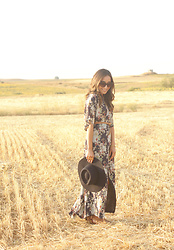Besugarandspice FV - Uterqüe Dress, Zara Hat, Massimo Dutti Sandals - Maxi Dress
