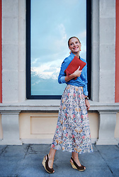 Colourvibes Blog - Mhistik Bag, Zara Skirt, Vero Moda Shirt - Floral and orange clutch