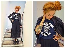 Anna Hurricane - H&M Lace Skirt, Dr. Martens Worn Out, Vintage Sons Of Anarchy Tee, Kulture Vintage Leather Jacket - All Black
