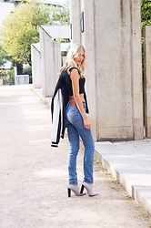 Meryl Denis - Levis Jean, Public Desire Shoes, Na Kd Top - Old school