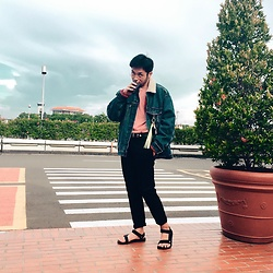 Valeri Novalianto - Levi's® Denim Jacket, Bershka Sweater, Neil Barrett Pants, Teva Sandals - Waiting for you