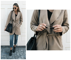 Kajsa Svensson - Vila Clothes Trenchcoat, Nudie Jeans, Jim Rickey Bag, Ray Ban Sunglasses - OCTOBER 6