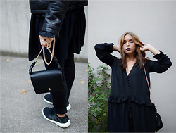 Liva Bambale - Zara Black Gold Chain Bag, Adidas Trainers, H&M Black Dress, H&M Black Skinny Jeans - Dancing on my own