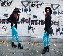 Ola Brzeska - New Look Tassel Bag, Cubus Black Sweater, Born2be Boots, Zaful Turquoise Leggings, Cndirect Hat - Mermaid