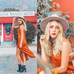 Ashley Prybycien - Band Of Gypsies Dress, Ace Of Something Hat - Through the Canyon