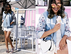Cá Cavalcant - Denim Printed Jacket, Heart Bag, Lace Dress, Oxford Flatform, Sunglasses - I'ts all about BLUE