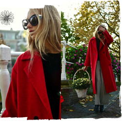 Frederique - fablefrique.com -  - Red coat