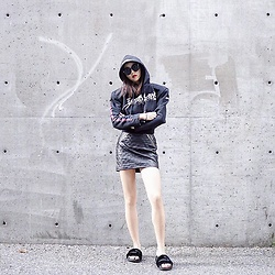 Shelly LIU - Vetements Hoodie, Puma Slippers - TOTAL FUCKING DARKNESS