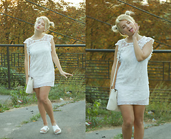 Vlada Kozachyshche - Fshion.Me Dress, Mohito Bag, New Look Sandals - Having fun