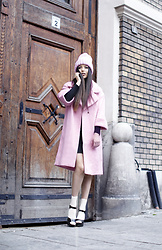 Kristina Zavarski - H&M Coat, Zara Hat - Shades of Pink