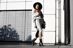 Thao Nhi Le - Na Kd Off Shoulder Knit, Na Kd Knit Skirt, 4th And Reckless Boots, 66thelabel Fedora Hat - Knit All Over