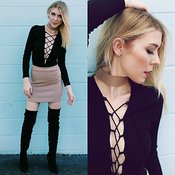 Zuzana - Romwe Lace Up Bodysuit, Forever 21 Bodycon Skirt, Urbanog Over The Knee Boots, Forever 21 Thick Choker - DATE NIGHT LOOK!
