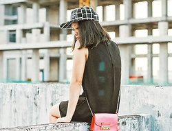 Lenny Novitasari - Wearable Clothing Little Black Dress, Furla Metropolis Bag - Hidden Gems