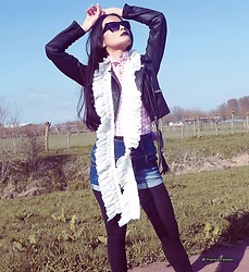 Hanna Painter - Sunglasses, Coolcat Jacket, Coolcat Shorts, Scarf - Autumn street look