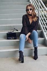 Taylor Smith - For Love & Lemons Top, Chloe Faye Bag, Tularosa Jeans, Tony Bianco Boots, Ray Ban Sunglasses - Street Chic