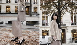 MillyQ Chung - Paisie Funnel Neck Jumper With Wide Sleeves, Asos Premium Leather Look Culottes, Chloé Drew Bag, Roger Vivier Rose Velvet Heels - The Nude Touch.