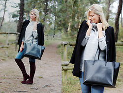 Lena B - Selected Femme Sweater, Zara Bag, Kiomi Coat, Rapisardi Overknees - Bordeaux Overknees