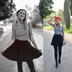 Cris M. - H&M Striped Top - Bérets ? Mais Oui!