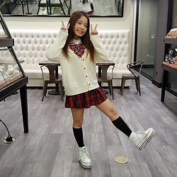 Chloe C. - Icecream12 Sailor Collar Cardigan, H&M Plaid Pleated Skirt - Sweet schoolgirl