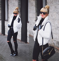 Kasia G. - Bershka Jacket - White padded jacket